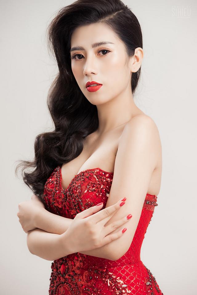 Á khôi Dương Yến Nhung diện đầm đỏ khoe vẻ gợi cảm trong bộ ảnh mới - ảnh 3