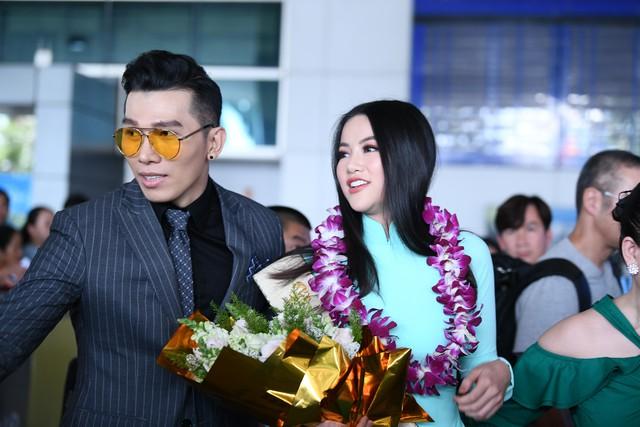 Nguyễn Phương Khánh giản dị trở về nước sau khi đăng quang Hoa hậu Trái đất - Miss Earth 2018 - Ảnh 3.