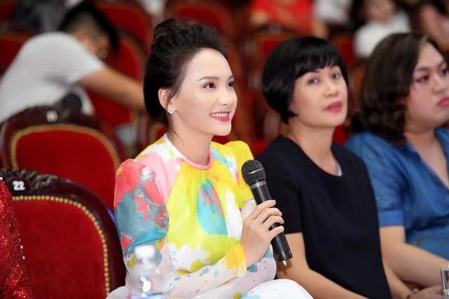 Bảo Thanh rạng rỡ chấm chọn Người mẫu Quý bà Việt Nam 2018 - Ảnh 1.