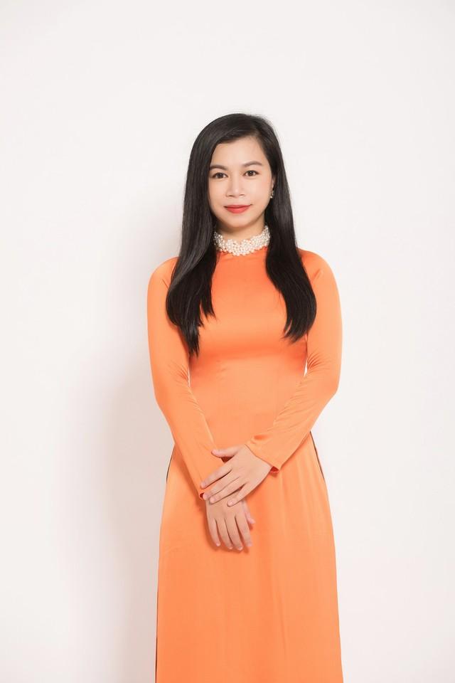 Ca sĩ Ngô Hương Diệp - Chim sơn ca của âm nhạc thính phòng - Ảnh 3.