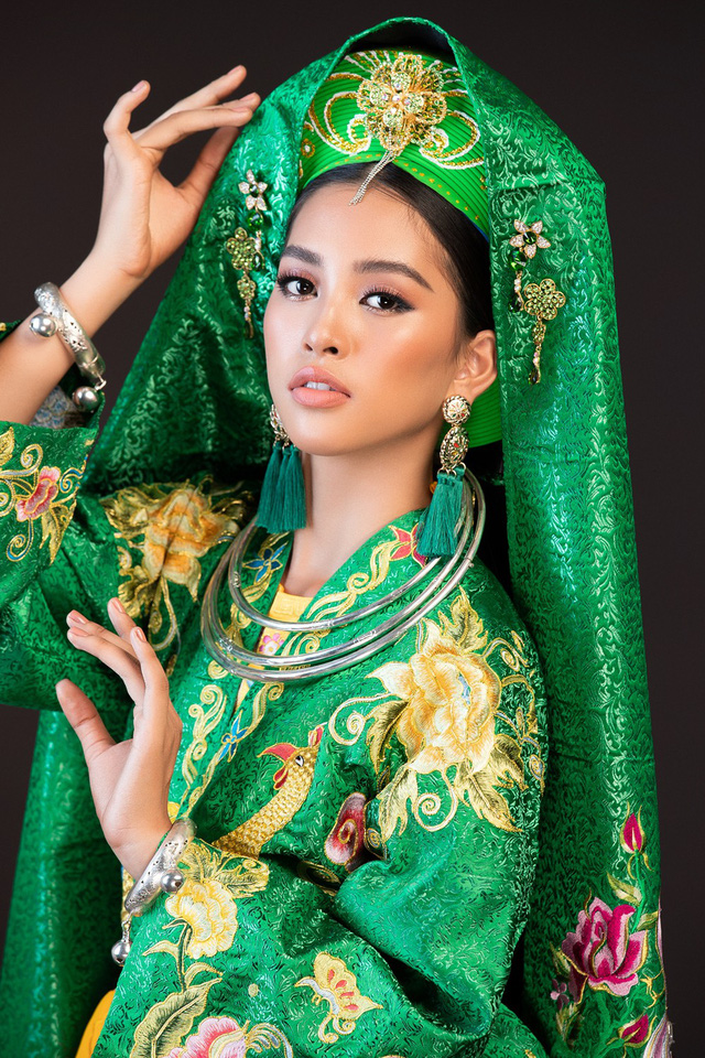 Hoa hậu Tiểu Vy mang điệu múa chầu văn đến Miss World 2018 - Ảnh 2.