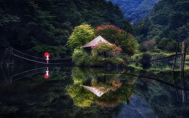 Ngỡ ngàng cảnh đẹp như chốn thần tiên ở Hàn Quốc - Ảnh 2.