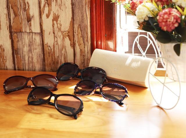Black Friday giảm giá đến 40% đồng hồ, kính mắt tại Đăng Quang Watch - Ảnh 1.