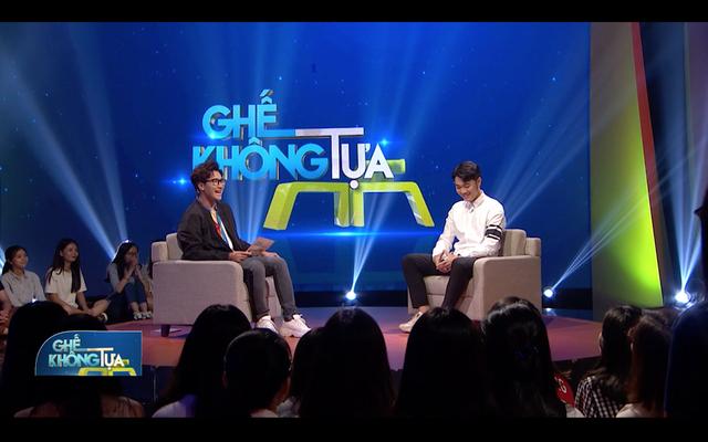 """Ghế không tựa: Cầu thủ Lương Xuân Trường tiếp tục """"đốn tim"""" khán giả - Ảnh 2."""