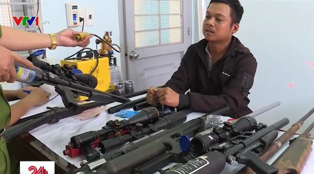 Thu giữ hàng loạt súng tự chế, đạn, máy móc chế tạo súng tại Đăk Lăk - Ảnh 1.