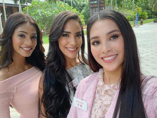 Hoa hậu Tiểu Vy diện bikini khoe cơ bụng săn chắc tại Miss World - Ảnh 8.