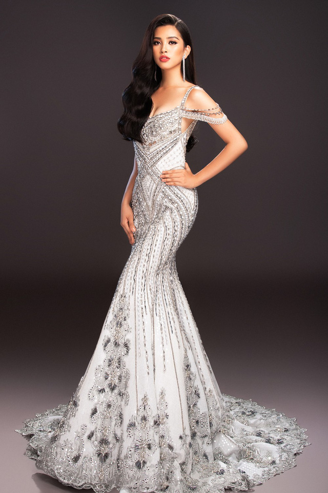 Lộ diện 4 chiếc đầm dạ hội Hoa hậu Tiểu Vy mang đến Miss World 2018 - Ảnh 11.