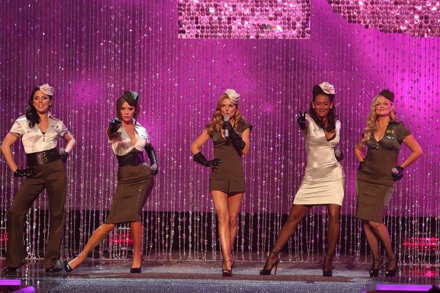 Thành viên nhóm Spice Girls từng muốn tự tử - Ảnh 2.