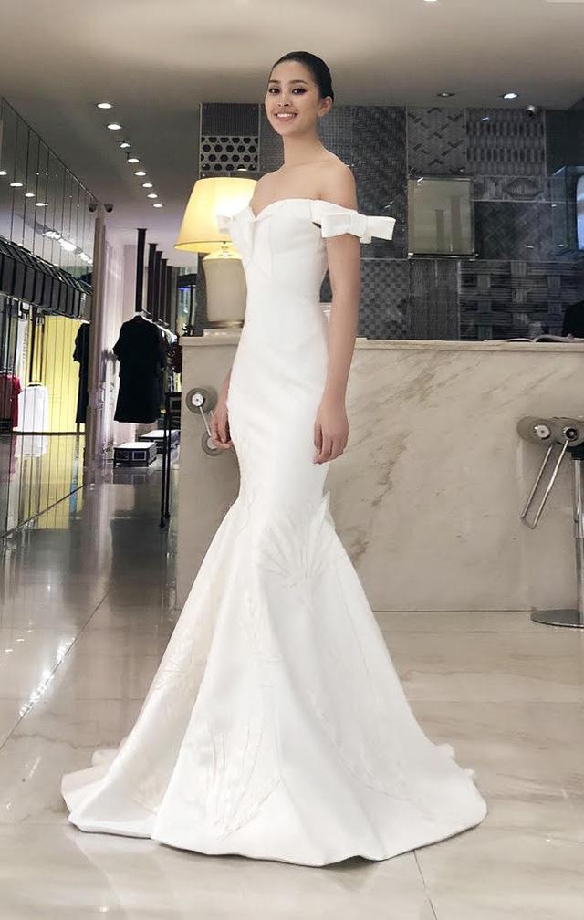Hoa hậu Tiểu Vy lọt Top 32 phần thi thời trang tại Miss World - Ảnh 3.