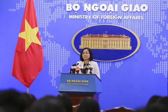 Việt Nam lên tiếng về việc Philippines và Trung Quốc hợp tác khai thác dầu khí - Ảnh 1.