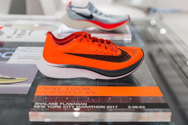 Choáng ngợp với bộ sưu tập giày Nike bán chạy nhất mọi thời đại - Ảnh 3.