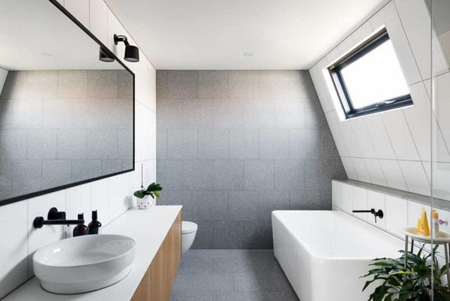 Ngôi nhà mái lệch giúp giải nhiệt và chống thấm hiệu quả - Ảnh 13.