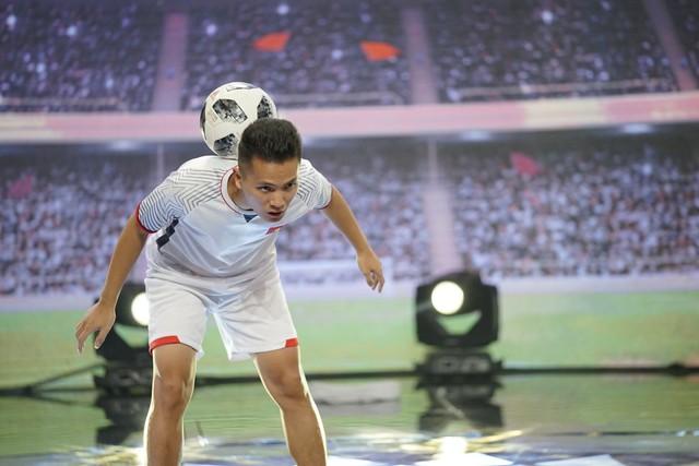 Thí sinh 100 giây rực rỡ tái hiện giây phút lịch sử của U23 Việt Nam - Ảnh 3.