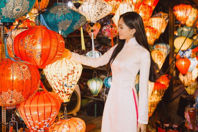 Hoa hậu Tiểu Vy mang hình ảnh Hội An đến Miss World 2018 - Ảnh 9.