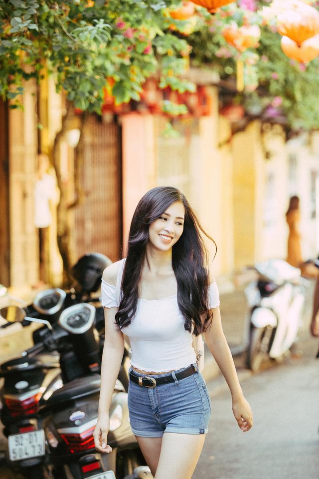 Hoa hậu Tiểu Vy mang hình ảnh Hội An đến Miss World 2018 - Ảnh 2.