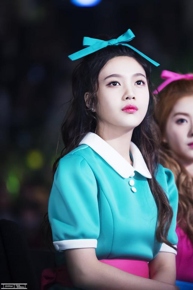 Dù trang điểm hay không, các thành viên Red Velvet vẫn vô cùng xinh đẹp - Ảnh 3.