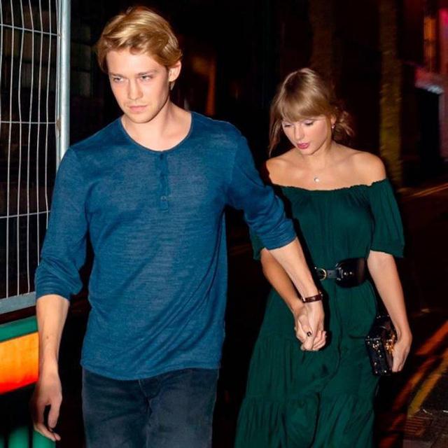 Taylor Swift lần đầu lên tiếng về bạn trai trên mạng xã hội - Ảnh 1.