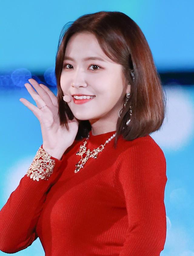 Dù trang điểm hay không, các thành viên Red Velvet vẫn vô cùng xinh đẹp - Ảnh 9.