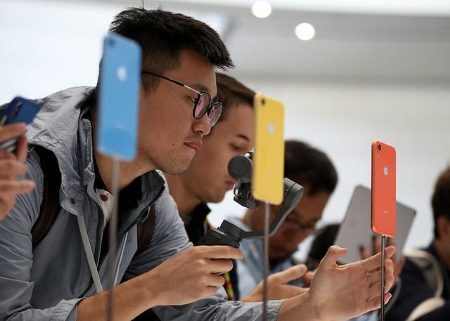 9 lý do bạn nên mua iPhone XR thay vì iPhone XS hoặc XS Max - Ảnh 1.