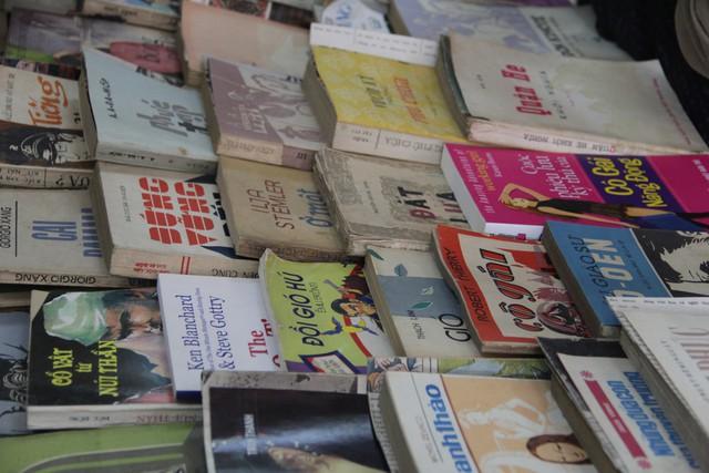Mọt 2018: Hàng nghìn người tới trao đổi 3.000 đầu sách tại Hà Nội - Ảnh 8.