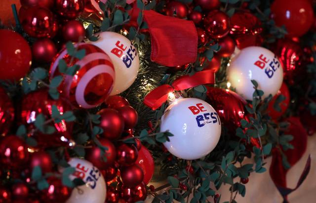 Khung cảnh Giáng sinh ở Nhà Trắng năm nay sẽ thế nào? - Ảnh 8.