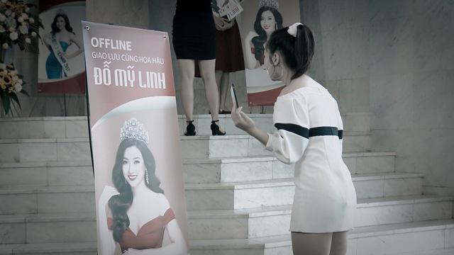 Mẹ ơi, bố đâu rồi? - Tập 14: Ly (Quỳnh Kool) phấn khích quá đà khi gặp Hoa hậu Đỗ Mỹ Linh - Ảnh 6.