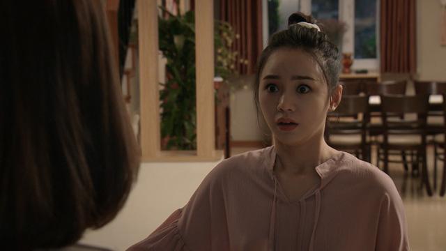 Mẹ ơi, bố đâu rồi? - Tập 14: Ly (Quỳnh Kool) phấn khích quá đà khi gặp Hoa hậu Đỗ Mỹ Linh - Ảnh 9.