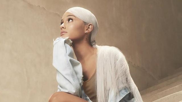 Ariana Grande ra mắt loạt phim tài liệu về chính mình - Ảnh 1.