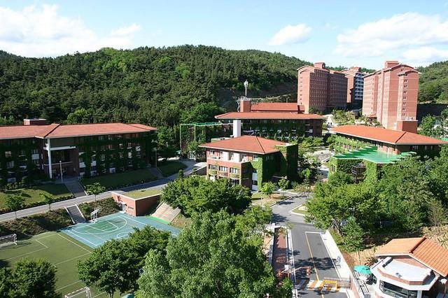 Chiêm ngưỡng ngôi trường xuất hiện trong hơn 100 bộ phim Hàn Quốc - Ảnh 13.