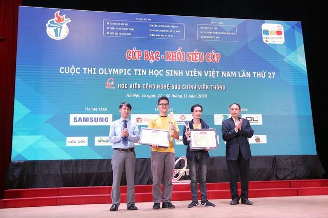 Đại học Bách khoa Hà Nội thắng lớn tại Olympic tin học sinh viên và ICPC châu Á 2018 - Ảnh 11.