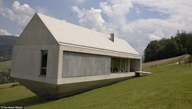 Những ngôi nhà có thiết kế quái dị nhất thế giới - Ảnh 5.