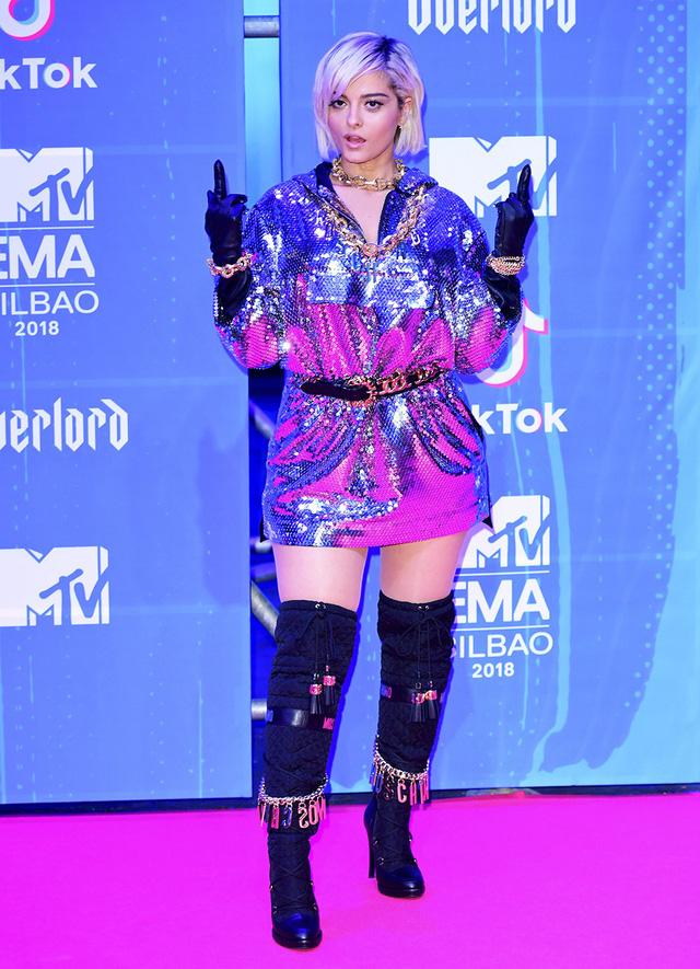 Dàn sao khoe sắc tại thảm đỏ MTV EMAs 2018 - Ảnh 9.