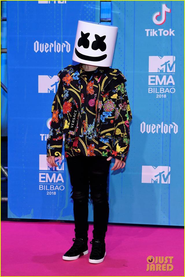 Dàn sao khoe sắc tại thảm đỏ MTV EMAs 2018 - Ảnh 8.