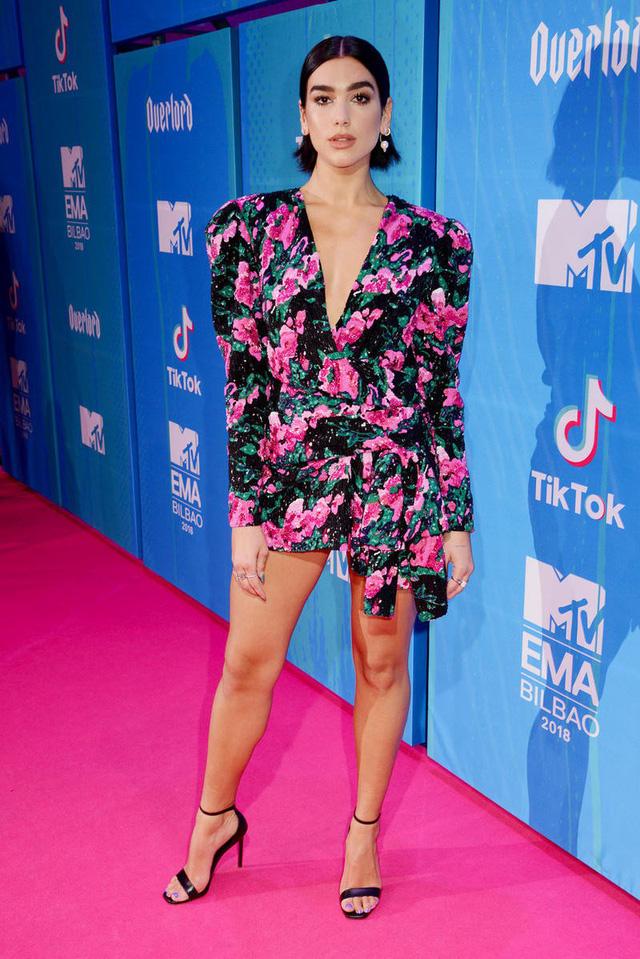 Dàn sao khoe sắc tại thảm đỏ MTV EMAs 2018 - Ảnh 3.