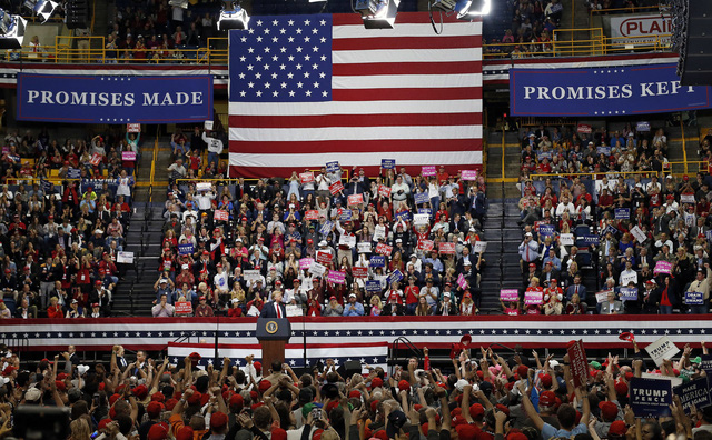 Bầu cử giữa nhiệm kỳ tại Mỹ: Nóng đến phút chót - Ảnh 1.