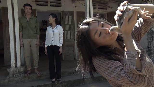 Quỳnh búp bê - Tập 24: Để chữa bệnh cho Lan, Quỳnh trở lại con đường làm gái? - Ảnh 4.