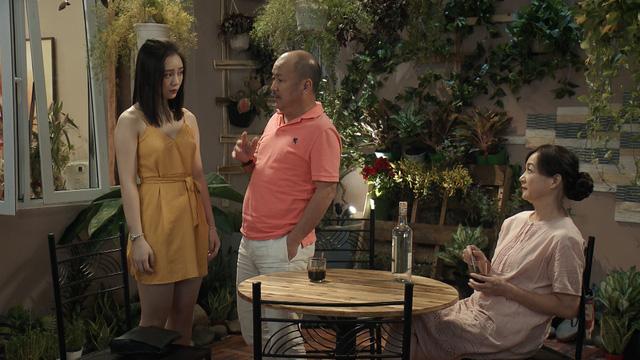 Mẹ ơi, bố đâu rồi? - Tập 2: Hot girl Ly (Quỳnh Kool) tiêu tiền như nước, thản nhiên nghĩ không phải kiếm tiền - Ảnh 1.
