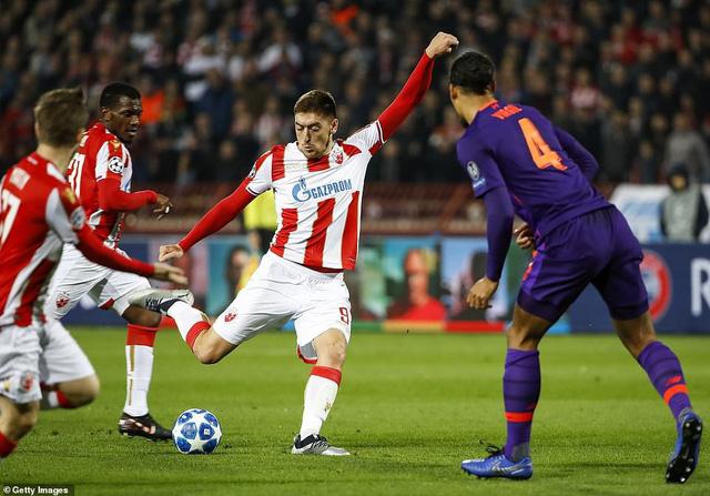 Kết quả UEFA Champions League: Liverpool bất ngờ bại trận, Inter cầm chân Barcelona - Ảnh 1.