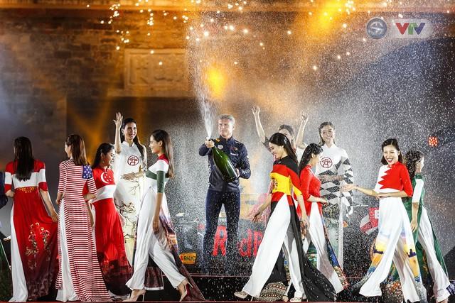 ẢNH: Việt Nam chính thức đăng cai giải đua xe F1 2020 - Ảnh 9.
