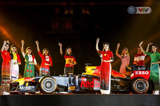 ẢNH: Việt Nam chính thức đăng cai giải đua xe F1 2020 - Ảnh 7.