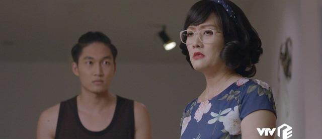Yêu thì ghét thôi - Tập 19: Phát điên vì chồng, Kim rủ sếp Nhật Anh đi nhậu say bí tỉ - Ảnh 11.