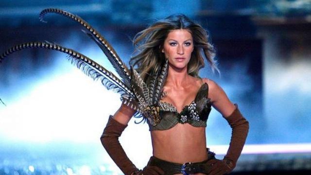 Đứng trên đỉnh cao danh vọng, vì sao người mẫu Gisele Bundchen từ bỏ Victoria's Secret? - Ảnh 2.