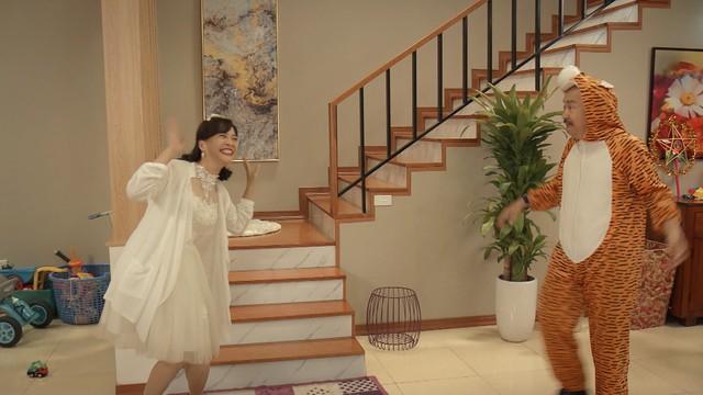 Mẹ ơi, bố đâu rồi? - Tập 4: Ăn mặc thiếu vải, Ly (Quỳnh Kool) bị bố mẹ cấm túc ở nhà - ảnh 5