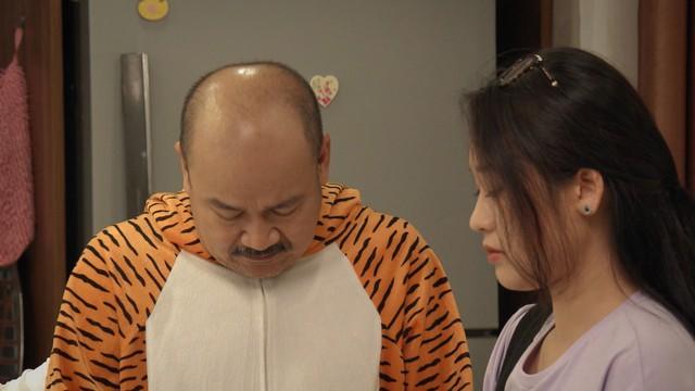 Mẹ ơi, bố đâu rồi? - Tập 4: Ăn mặc thiếu vải, Ly (Quỳnh Kool) bị bố mẹ cấm túc ở nhà - ảnh 19