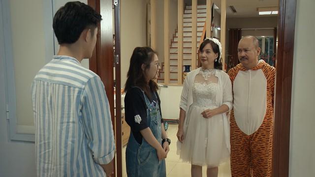 Mẹ ơi, bố đâu rồi? - Tập 4: Ăn mặc thiếu vải, Ly (Quỳnh Kool) bị bố mẹ cấm túc ở nhà - ảnh 18