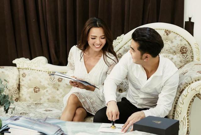Cận cảnh tấm thiệp cưới độc nhất vô nhị của ca sĩ Ưng Hoàng Phúc và bà xã Kim Cương - Ảnh 8.