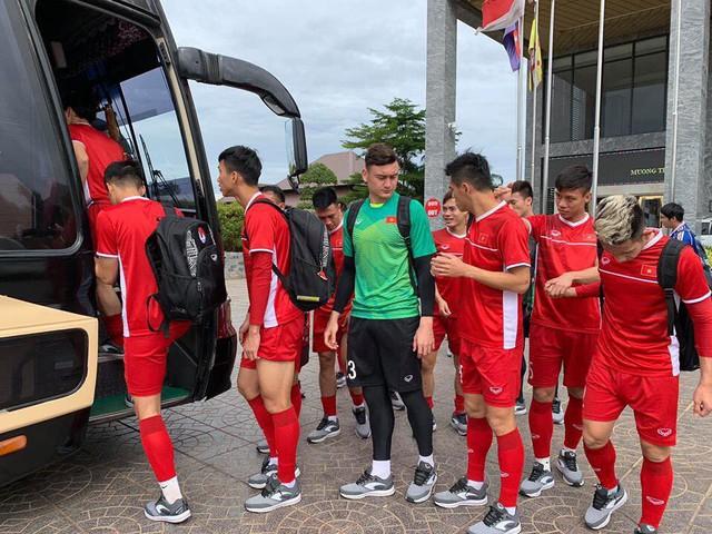 AFF Cup 2018: ĐT Việt Nam tiếp tục tập nhẹ sau chiến thắng trước ĐT Lào - Ảnh 2.