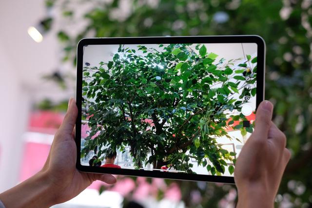 Trên tay siêu phẩm iPad Pro mới của Apple - Ảnh 8.