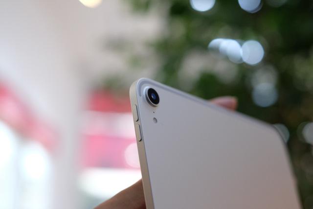 Trên tay siêu phẩm iPad Pro mới của Apple - Ảnh 4.