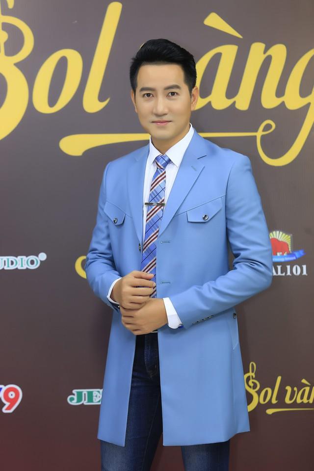 Nguyễn Phi Hùng nhớ về tình cũ khi hát nhạc Phan Huỳnh Điểu - Ảnh 1.